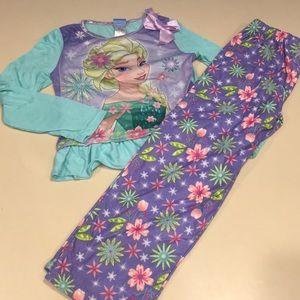 Disney 2 piece pajama size 8